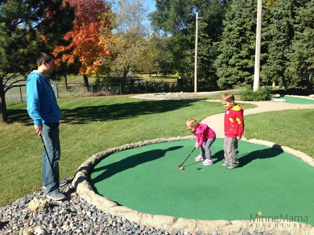 malt tees mini golf and pumpkin patch