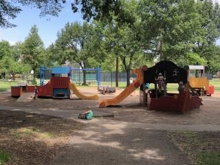 Linden Hills Park